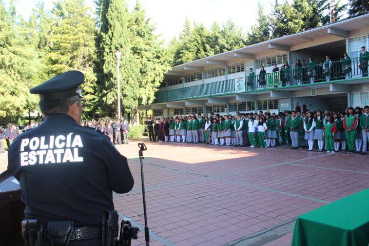 Fomentan la prevención del delito entre alumnos del municipio