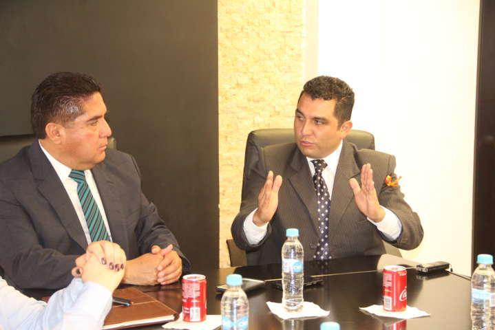 Ex alcalde y presidente municipal aclaran caso de los 10 mdp