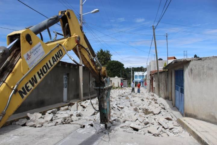 Avanzan más proyectos y obras en Santa Cruz Tlaxcala