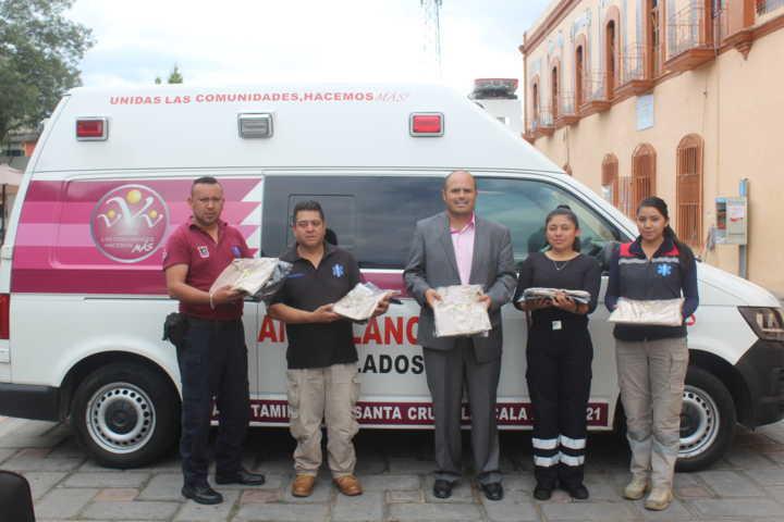 Recibe Protección Civil de Santa Cruz Tlaxcala nuevos uniformes