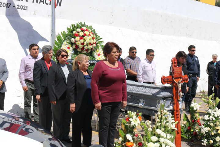 Realizan homenaje póstumo a policía fallecido de Totolac