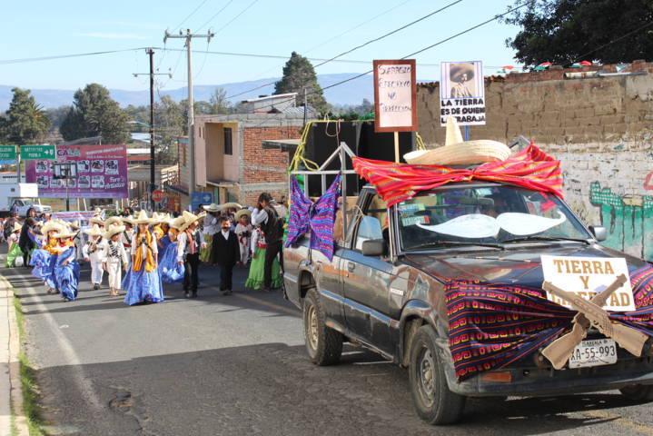 Tepetitla realiza desfile conmemorativo al Aniversario del Inicio de la Revolución Mexicana