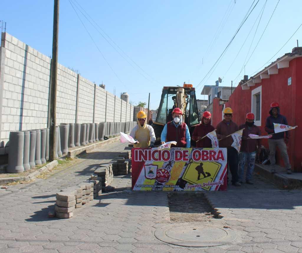 Sanabria Chávez da banderazo en la Calle Morelos de San Miguel Contla