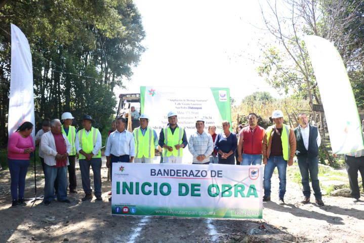 Arranca Héctor Domínguez Rugerio ampliación de drenaje en Tlalcuapan