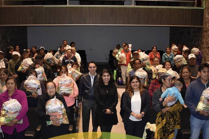 Hemos entregado 6,400 despensas a familias vulnerables: alcalde