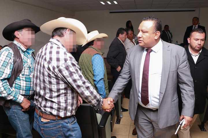 Atiende PGJE a vecinos de Tlaxco para fortalecer temas de seguridad