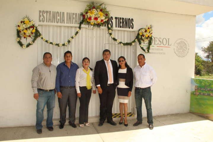 Alcalde de Xiloxoxtla atestigua inauguración de estancia infantil