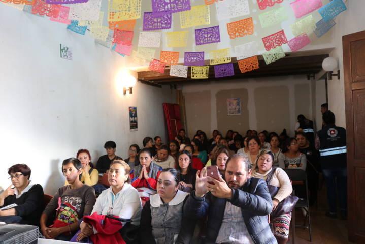 Protección Civil de Chiautempan capacita a población sobre el manejo de gas Lp