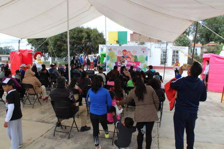 Continuan Domingos Familiares en Tetla De La Solidaridad