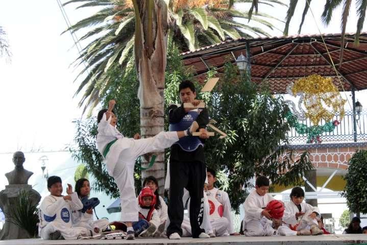 Conmemora Ixtacuixtla aniversario de la Revolución Mexicana
