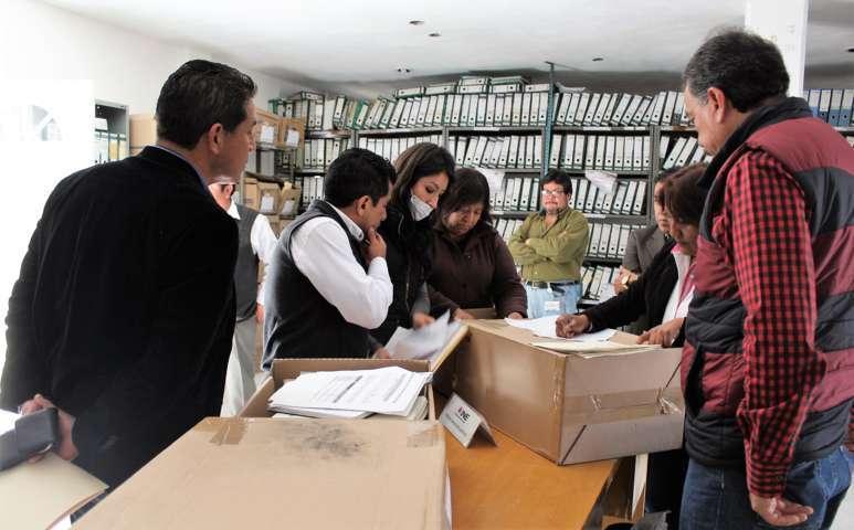 Destruye INE segunda parte de lista nominales de electores con fotografía PEL 2015-2016