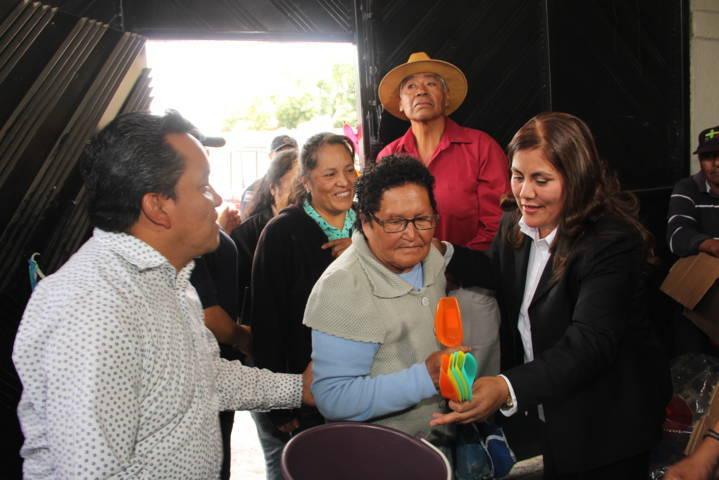 Alcalde reconoce a las mamas como el desarrollo de LAS FAMILIAS