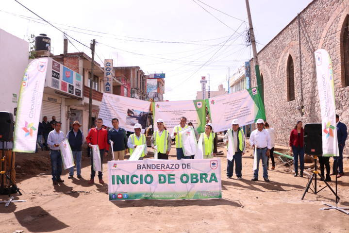 Pavimentación de concreto para las calles de Chiautempan
