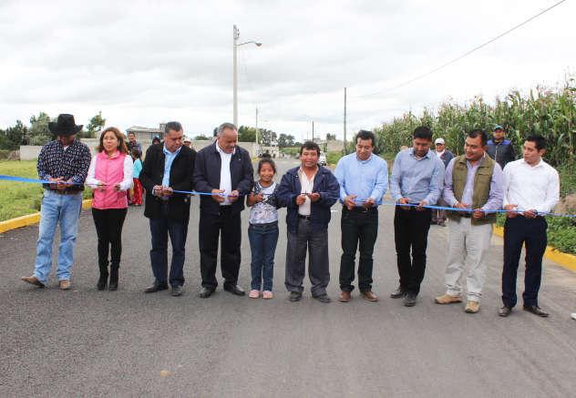 Ayuntamiento continúa realizando acciones de urbanización