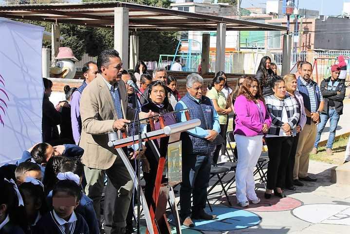 Anuncia alcalde de Yauhquemehcan construcción de cinco techumbres