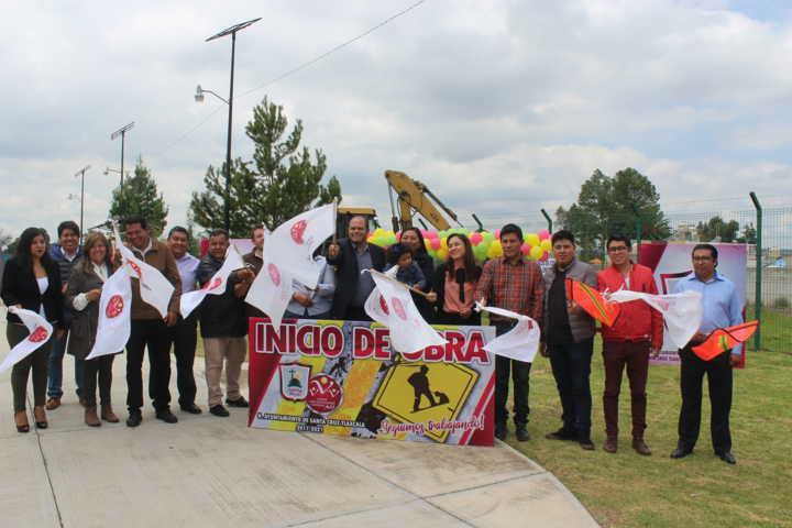 Da inicio la construcción de la presidencia de comunidad de Santa Cruz Tlaxcala