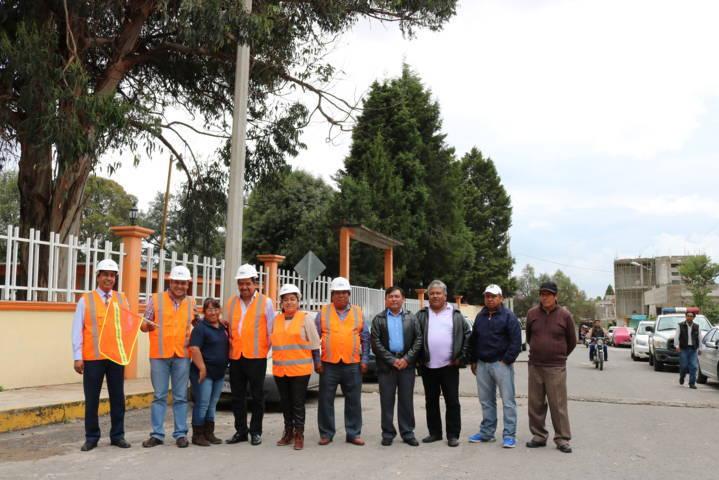 Se benefician pobladores de Chiautempan por ampliación de red de energía