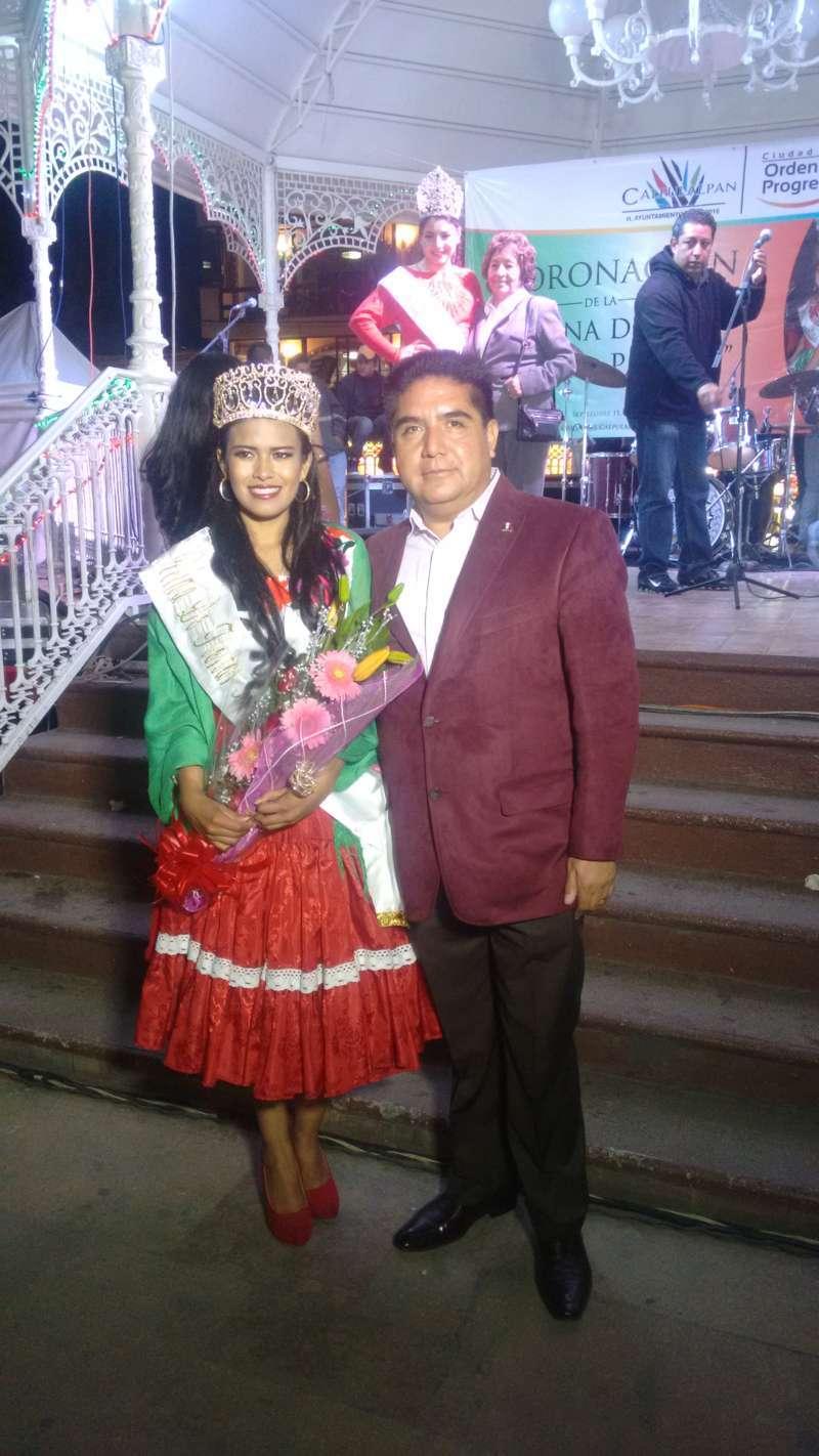 "Corona VHR a ""Evelyn I"", reina de fiestas patrias"