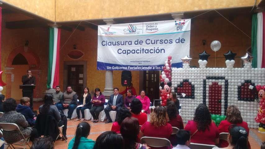 Culmina SMDIF Calpulalpan cursos-talleres para el autoempleo