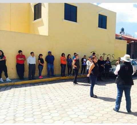 Vecinos de Cuautla piden apoyo a Síndico de Tlaxcala