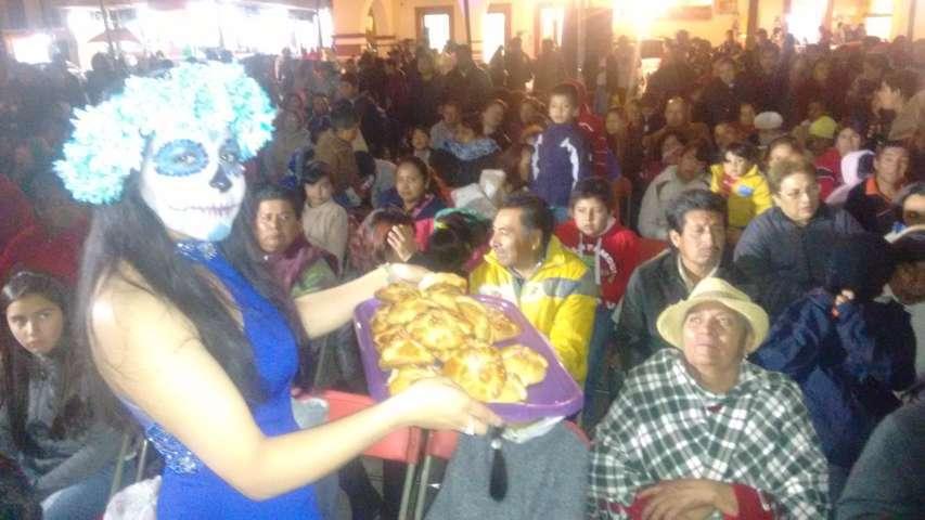 """""""Festival del Chocolate y Pan de Muerto"""" es ahora Tradición Calpulalpense"""