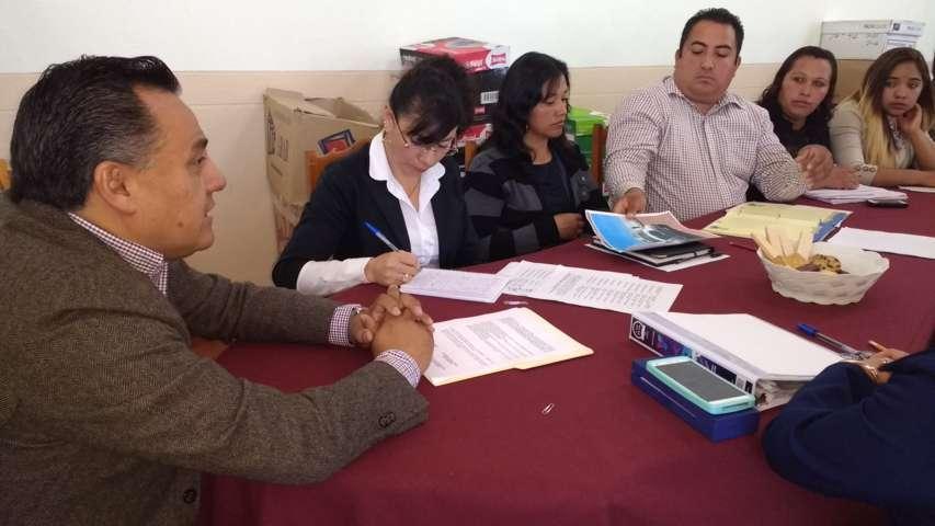 Trabajando y gestionando para Tetla de la Solidaridad