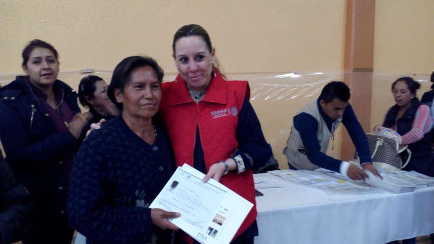 Validan en Santa Cruz Tlaxcala entrega de apoyos sociales de Sedesol
