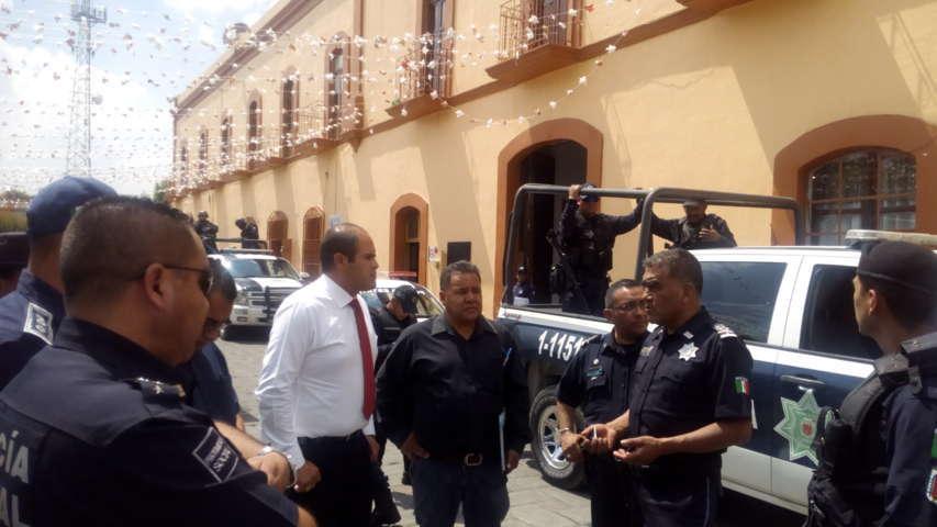 Descartan robo de taxi en Santa Cruz Tlaxcala