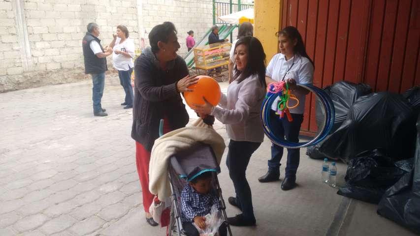 """Con evento artístico y regalos festejan en Calpulalpan """"Día del Niño"""""""