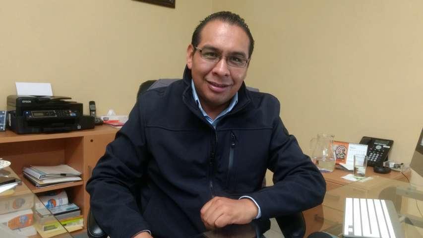 Entregó Sindico y Regidores de Ixtenco, documento ante el Congreso Local