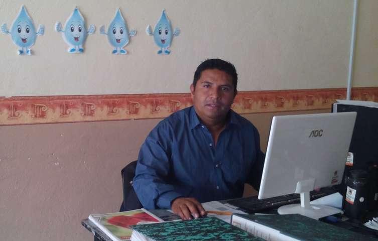 Gobierno Municipal de Tepetitla suministra agua potable a zonas alejadas