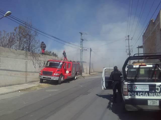 A la alta incendios en baldíos de Chiautempan