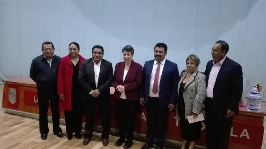Alcalde de Lardizábal trabaja en coordinación con autoridades educativas