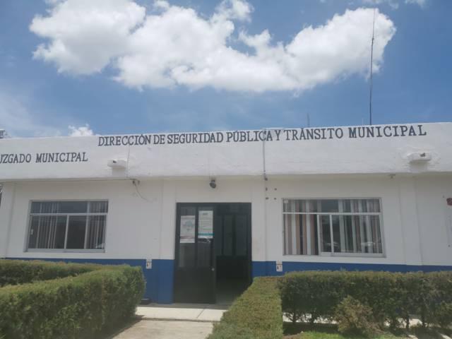 Alcalde da posesión a Mario Sergio como nuevo director de seguridad