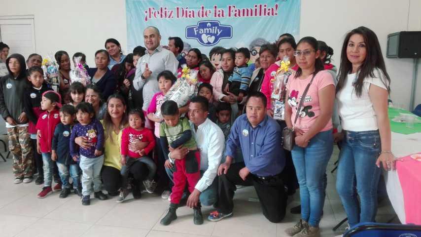 SMSDIF de Tepetitla de Lardizábal festeja el día de la Familia