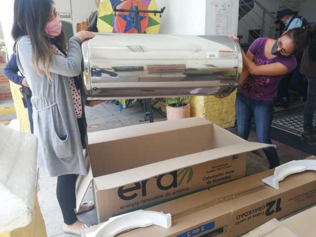 Realizan entrega de calentadores subsidiados en Xicohtzinco