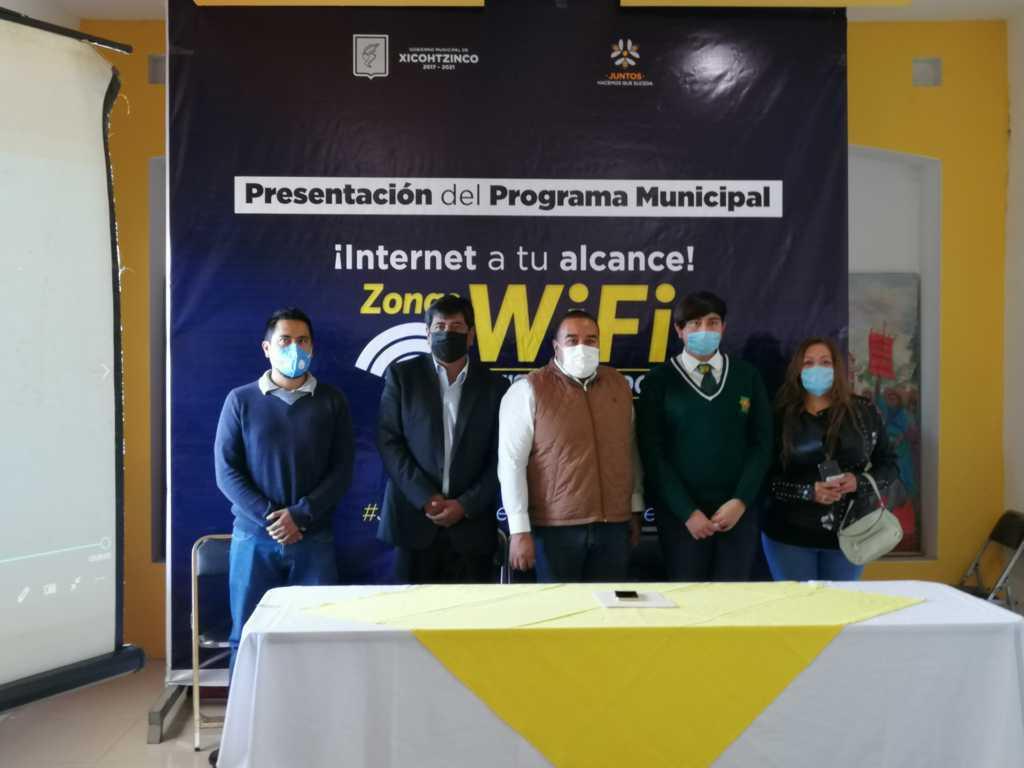 Badillo Jaramillo pone en marcha internet gratuito para estudiantes