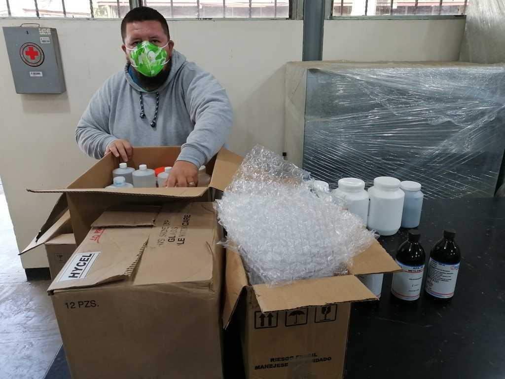 Aplica COBAT-TBC mejoras en laboratorios multidisciplinarios