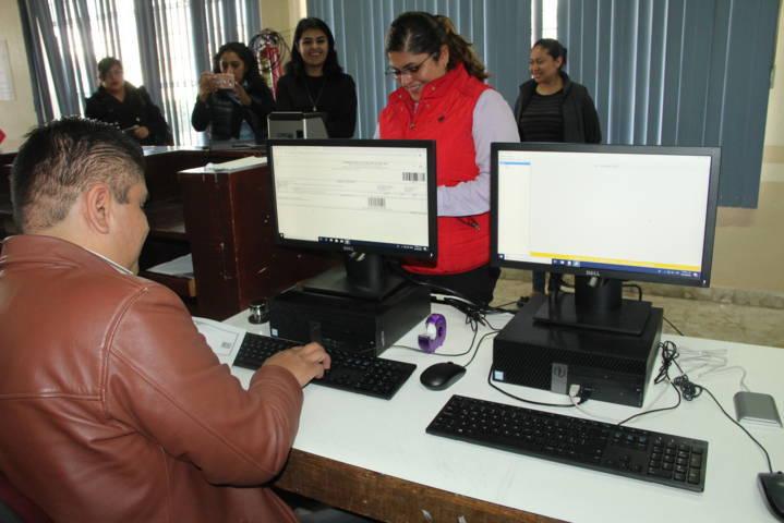 Zacatelco abre nuevo módulo para expedición de licencias de manejo