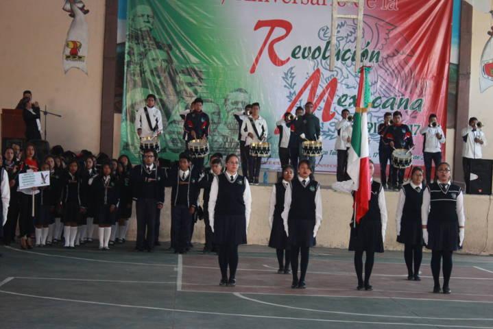 Ayuntamiento celebro el 107 aniversario de la Revolución Mexicana