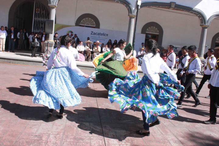 Desfile por Revolución Mexicana con 20 accesos de seguridad