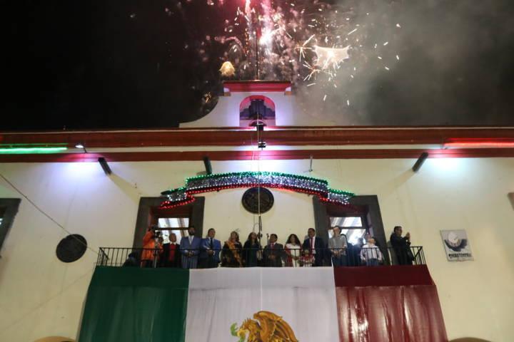 Chiautempenses celebraron el Grito De Independencia pese al mal clima