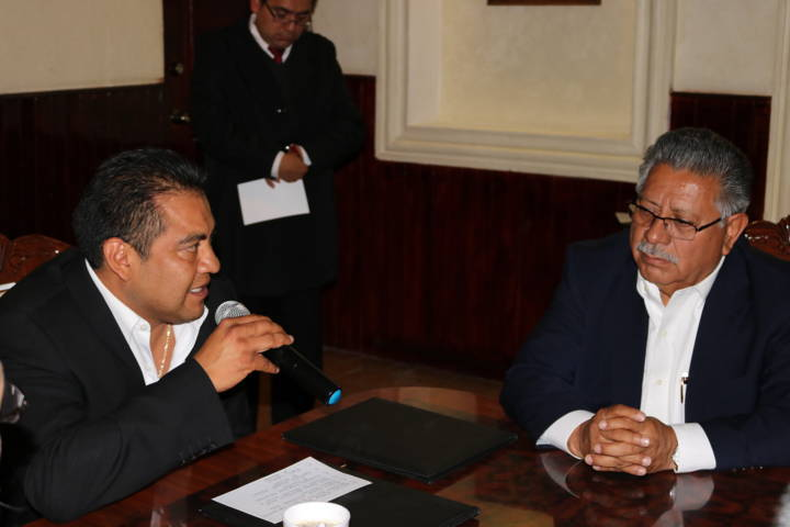 Firman convenio de colaboración Ayuntamientos de Contla y Chiautempan