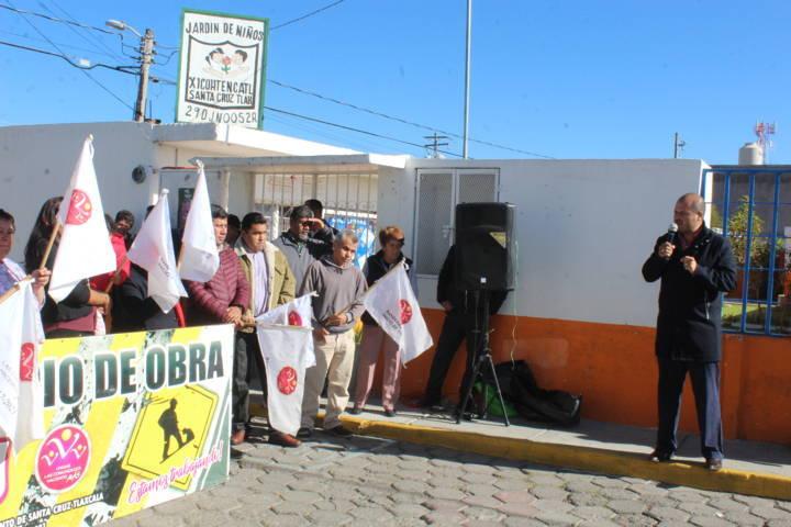 Alcalde mejora los servicios básicos y la imagen urbana de la calle Sarabia