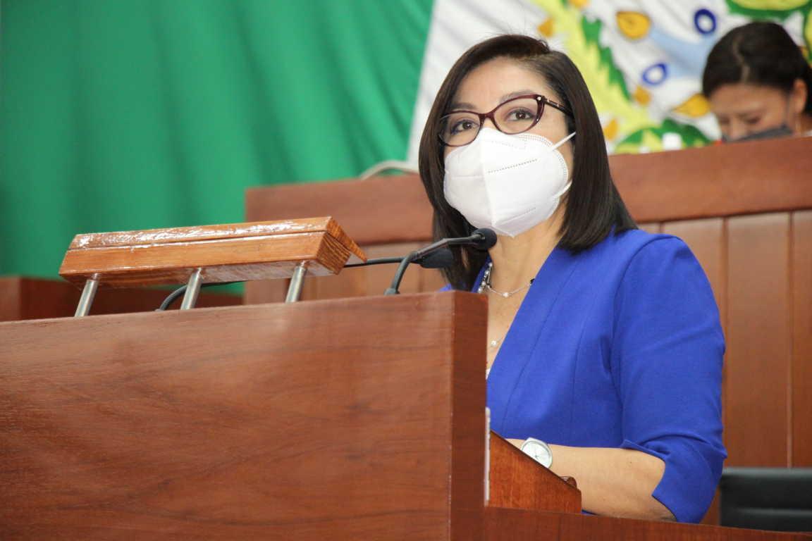 Conceden licencia a Leticia Hernández para separarse de su cargo