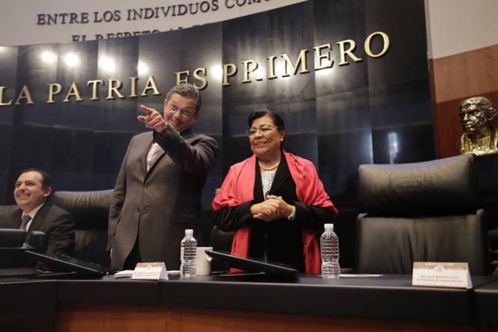 Plantea Senadora solución a conflictos en autopistas de Tlaxcala