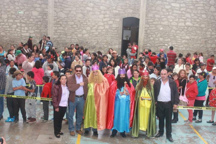 Encabezó Sánchez Amador Día de Reyes Magos y partida de rosca