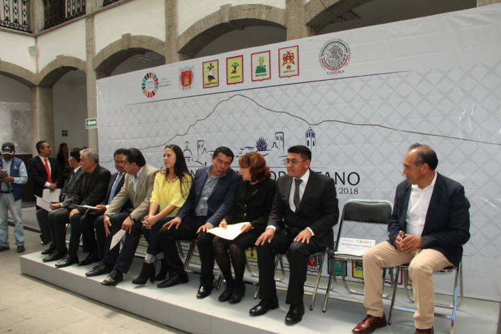 Debemos diseñar políticas públicas para alcanzar un desarrollo equilibrado: alcalde