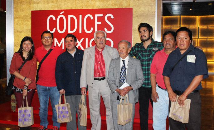 AAL y el Consejo de Cultura Municipal visitan el Códice de Huamantla en el Museo del INAH