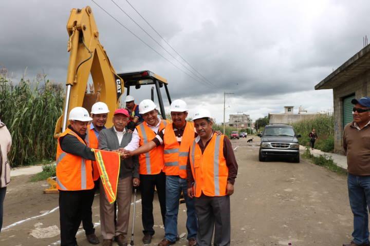 Invierten más de 7 mdp en construcción de drenajes en Chiautempan